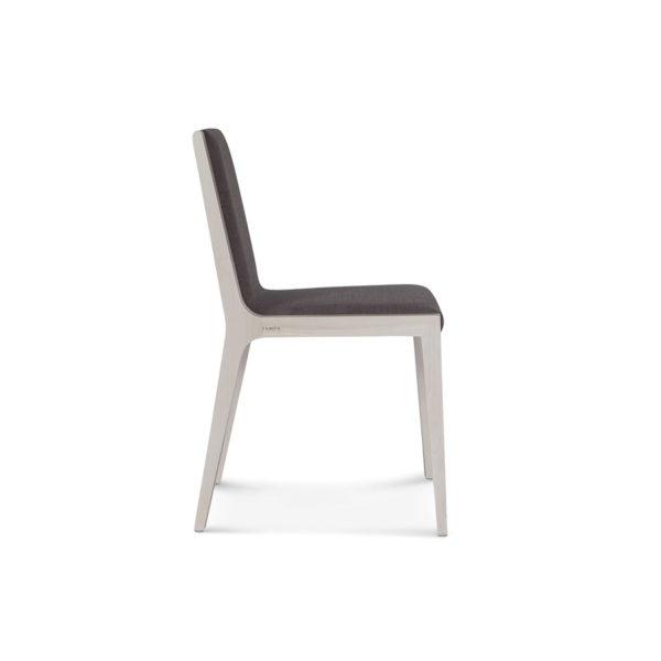 Szare krzesło drewniane z tapicerowanym oparciem Fameg A-1606