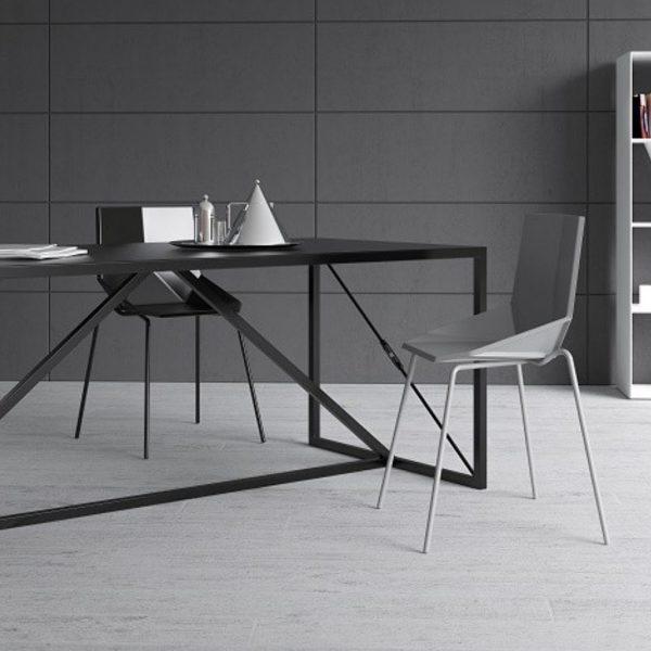 Industrial stół domokoncept